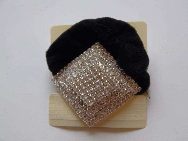 Резинка для волос бархатная 4,5*4,5 см., ткань, металл, стразы, 1 штука