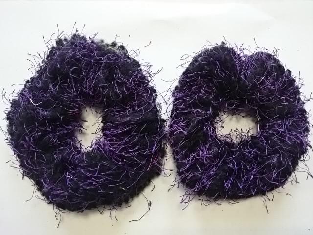 Резинка для волос махровая, d 10 см, цена за пару, цвет - фиолетовый.