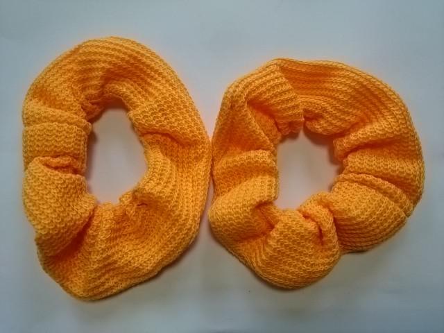 Резинка для волос цветная, d 12 см, цена за пару, цвет - оранжевые.
