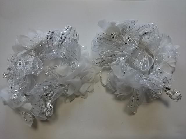 Резинка для волос цветная, d 12 см, цена за пару, цвет - белый.