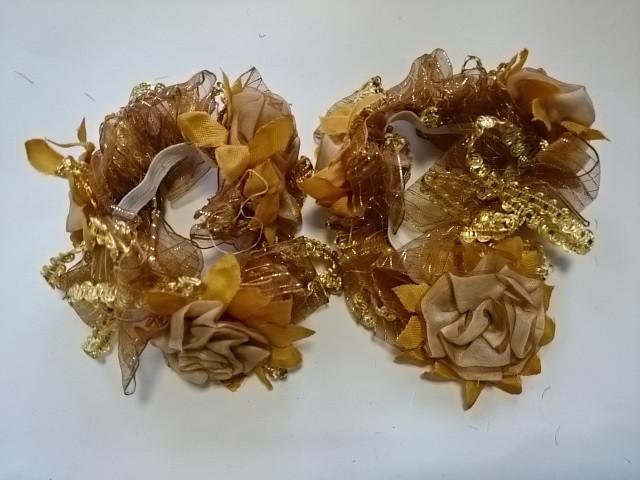 Резинка для волос цветная, d 12 см, цена за пару, цвет - бежевый.