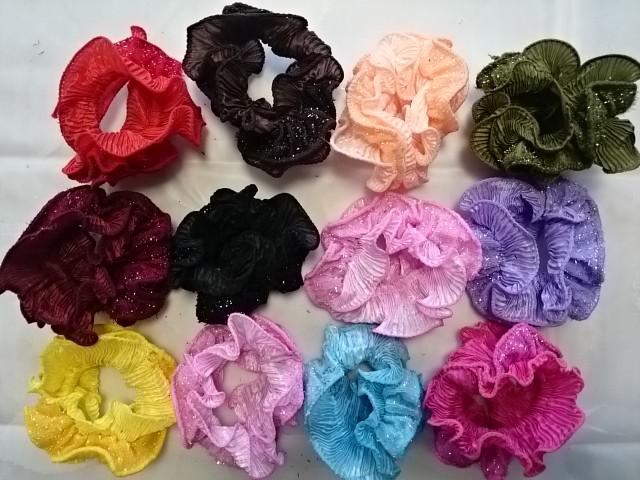 Резинка для волос, велюровая с блёстками цветная, D=10 см, цена за 12 штук.