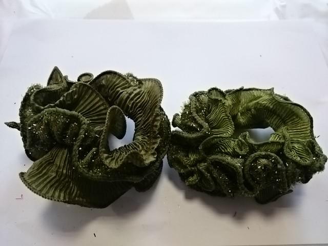 Резинка для волос цветная с блёстками, d 10 см, цена за пару, цвет - зелёный.