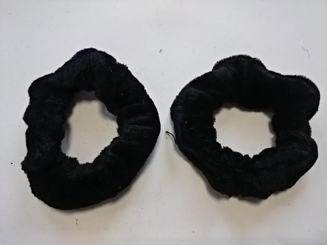 Резинка для волос велюровая, D=9 см, цена за пару, цвет - чёрный.