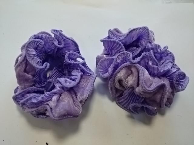 Резинка для волос велюровая, d 10 см, цена за пару, цвет - сиреневый.