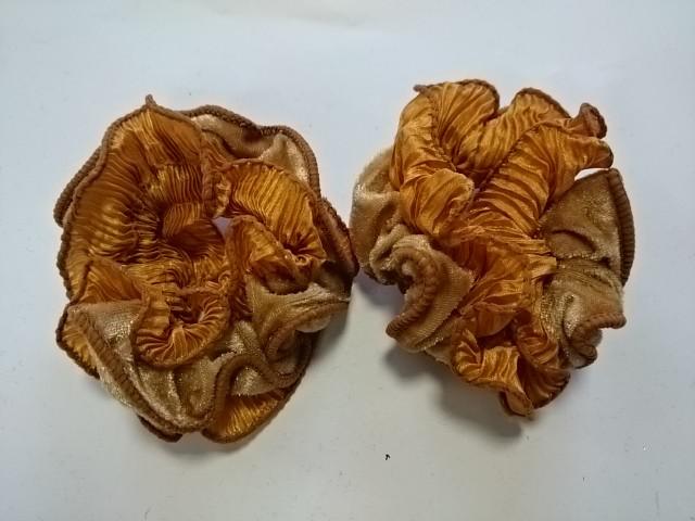 Резинка для волос велюровая, d 10 см, цена за пару, цвет - светло-коричневый.