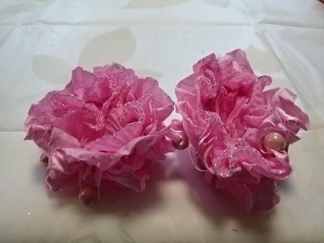 Резинка для волос гофрированная с бусинками, d 10 см, цена за пару, цвет - розовый.