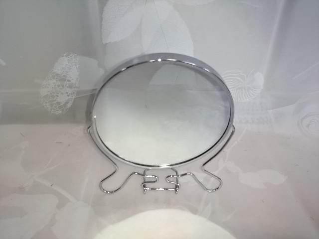 Зеркало настольное круглое, d 12 см, металл, стекло, 1 штука.