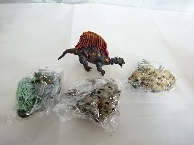 Динозаврики в пакете, 10*5 см, пластмасса.