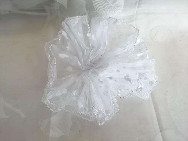Бант для волос белый, D= 18 см, 1 штука.