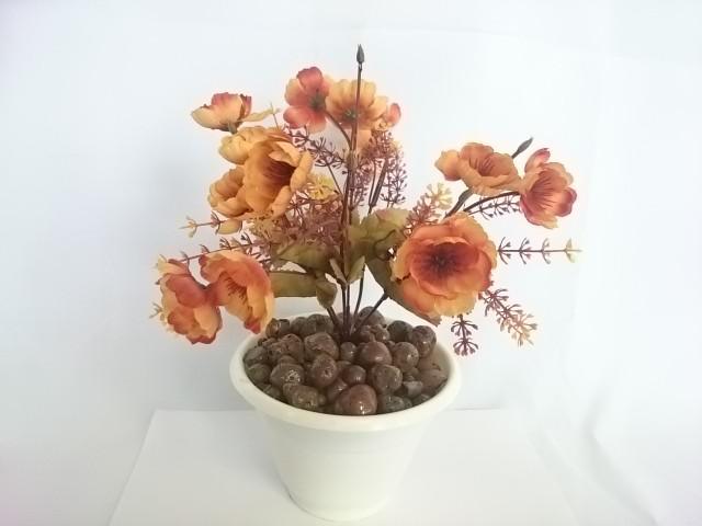 """Искусственный цветок в горшке """"Анютины глазки"""", 25 см, 7 веток в букете, ткань, пластик, металл. Цвет БУКЕТА -жёлто-коричневый. Цвет горшка - белый, либо коричневый."""