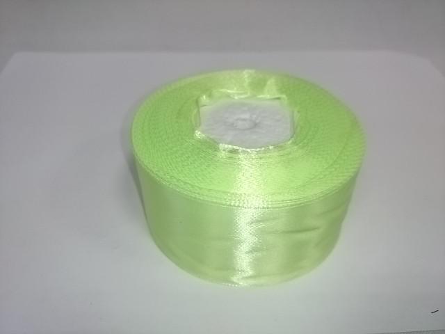 Лента атласная 3,8 см * 25 ярдов, светло-зелёная.