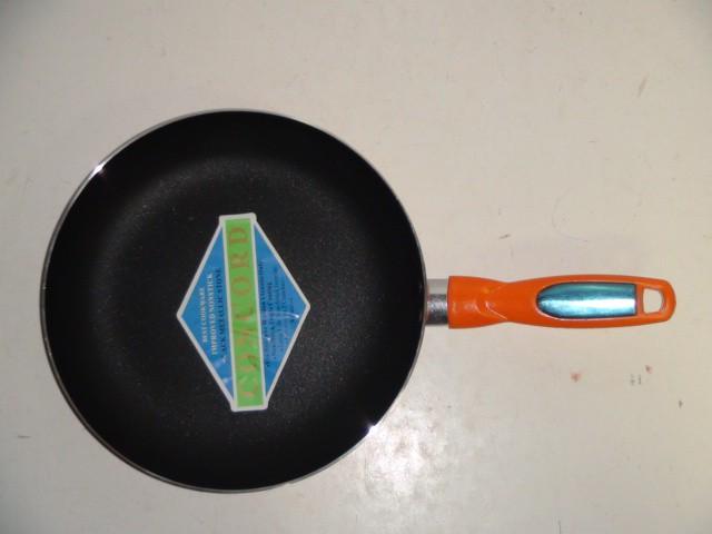 Сковорода круглая, с антиприг. покрытием D=24 см., H=4.5 см.
