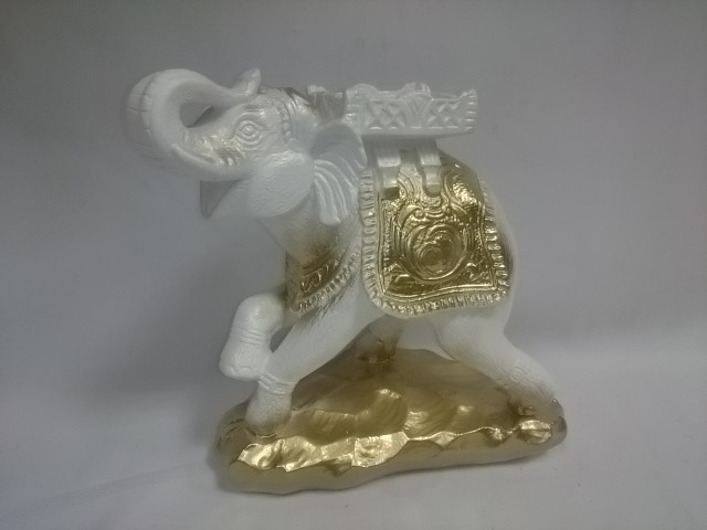 "Копилка ""Слон - Удача"" белый с золотом, 25 х 25 см, гипс."