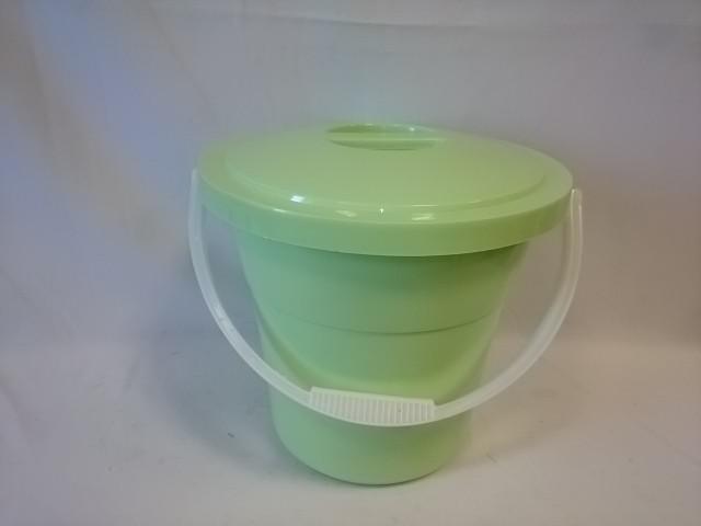 Ведро 12 литров евро пищевое с крышкой, цвет зелёный.