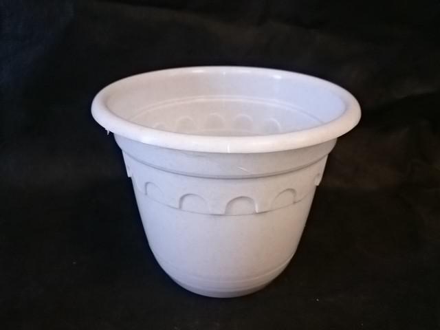 Горшок для цветов с поддоном белый 3 литра, пластик.