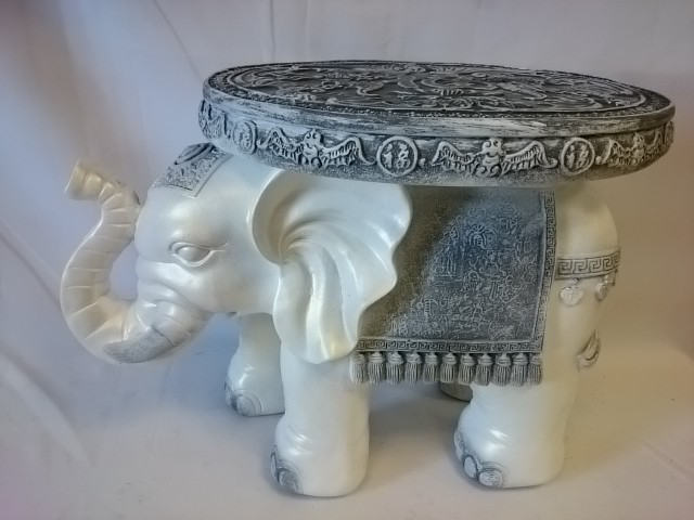 Стол - Слон большой, 42*57*34 см, античный.