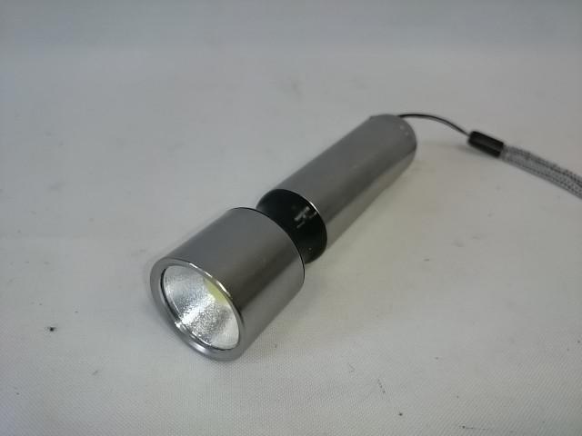 Фонарь ручной металлический СОВ 1 LED, 12 см.