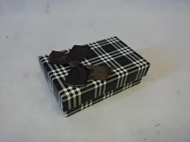 Коробка ювелирная крафт клетка с бантом, 5*8*2,5 см.