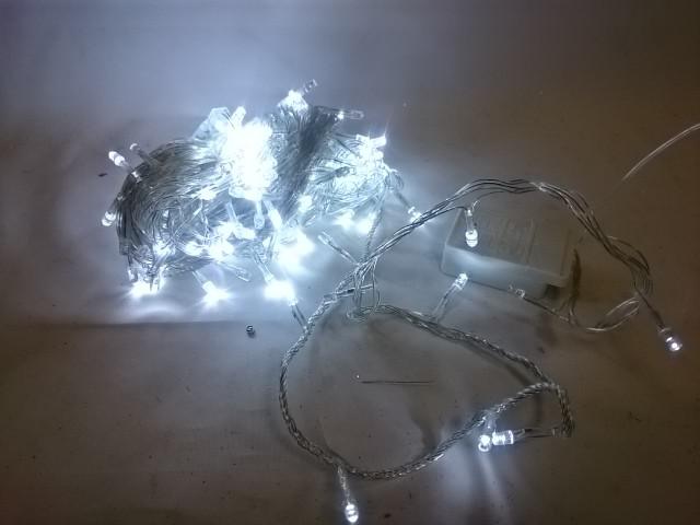 Гирлянда светодиодная 16 м, 200 ламп LED, белый цвет, прозрачный провод, с возможностью соединения.