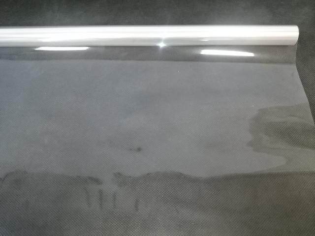 Плёнка прозрачная 80 см, 200 гр, 40 мкр, 6,8 м в рулоне.