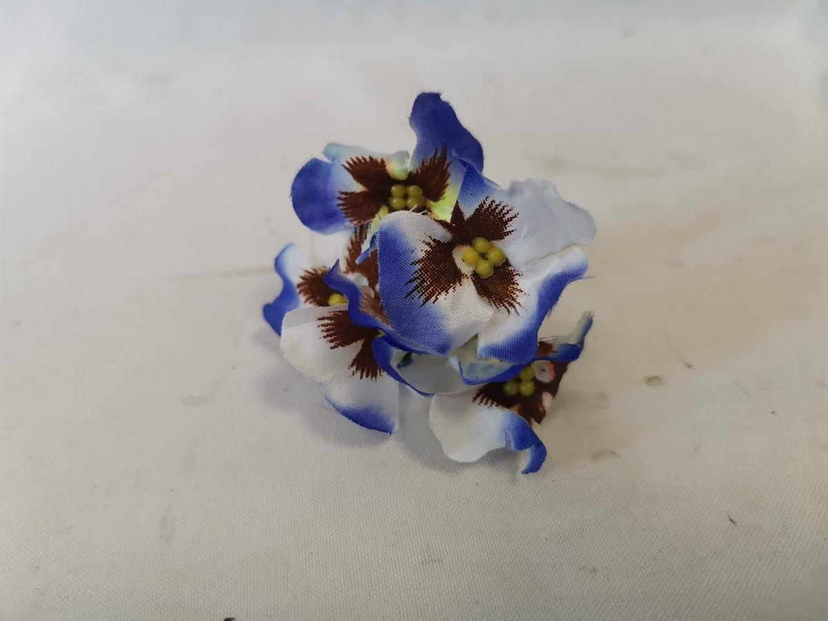 """Насадка """"соцветие анютиных глазок"""", 10 см, 1 штука, цвет - бело-синий."""