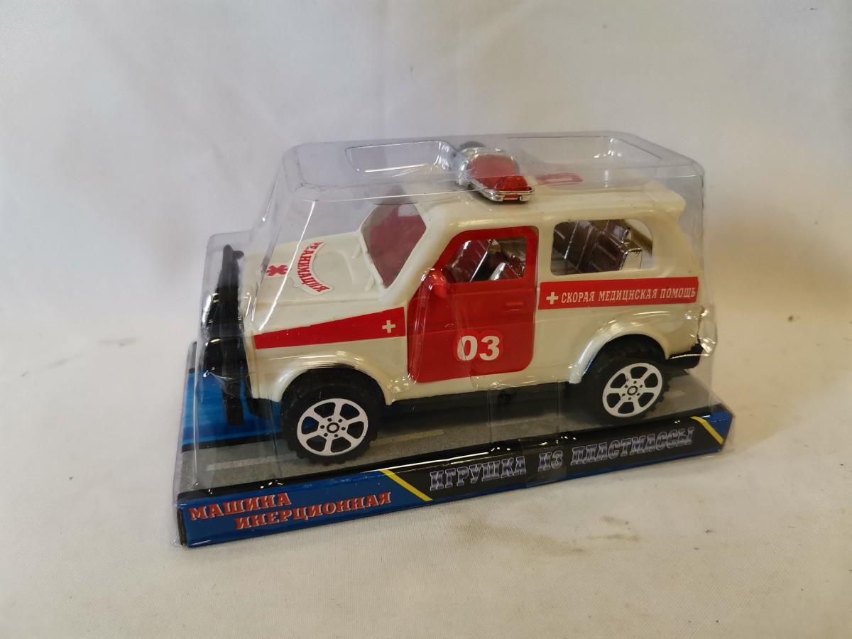 """Машина """"Скорая медицинская помощь"""" 03, 17*9*9 см, в коробке."""