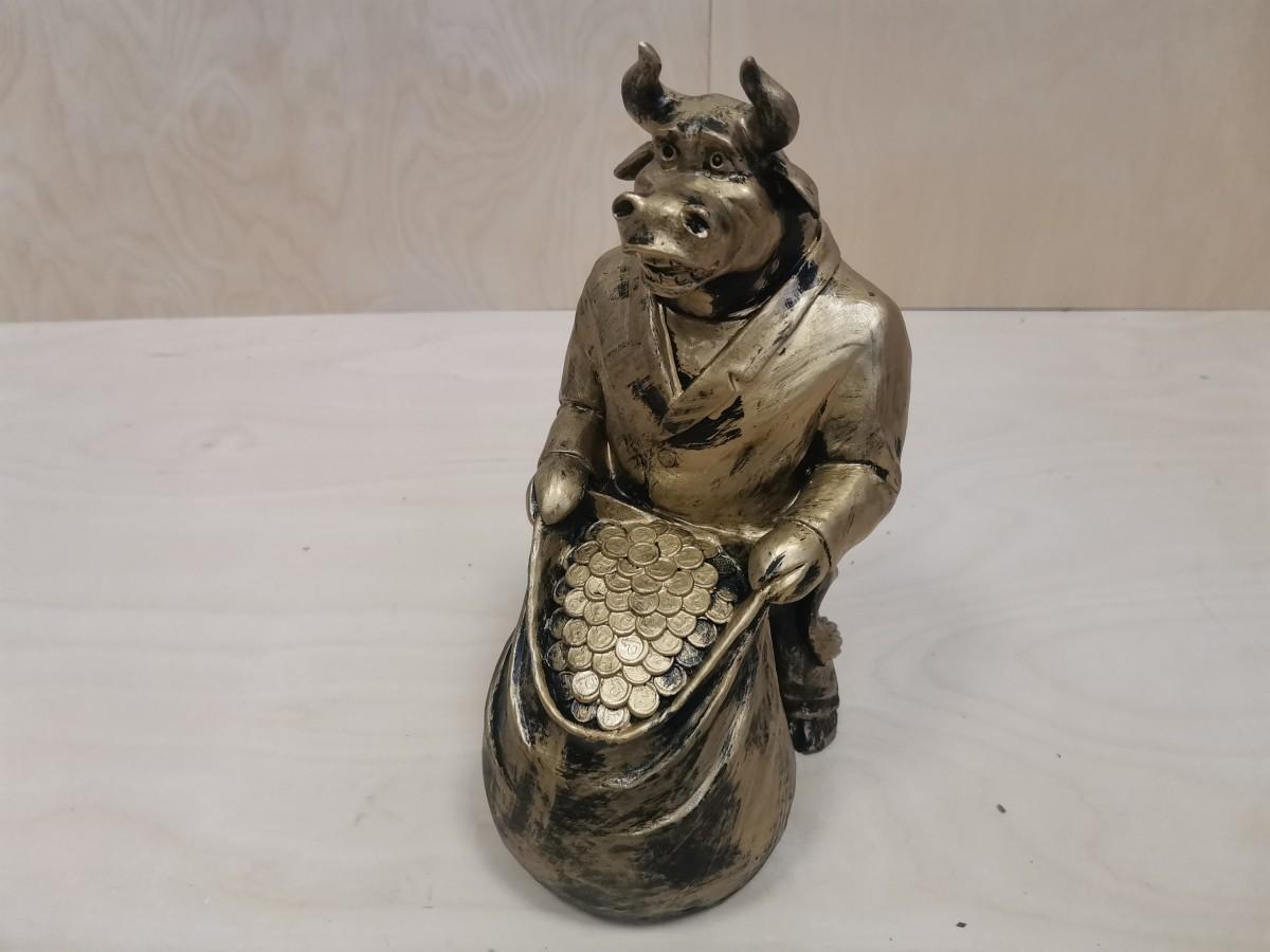 "Копилка ""Бык с мешком"", 30 см, цвет - бронза."