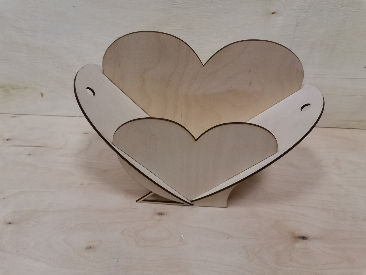 "Корзинка подарочная ""Сердце"", 18*27*11 см, фанера 3мм."