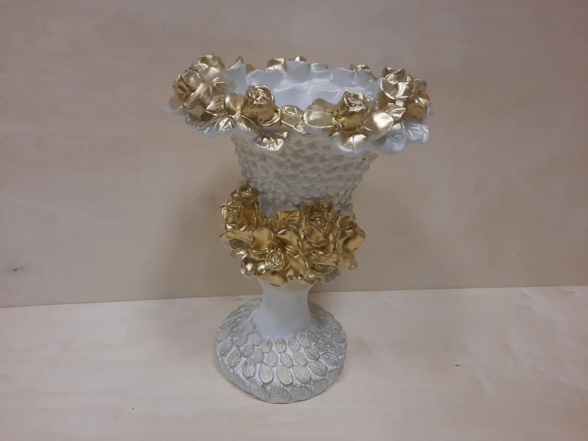 Ваза Кубок, 44*31 см, гипс, цвет - белый с золотом.