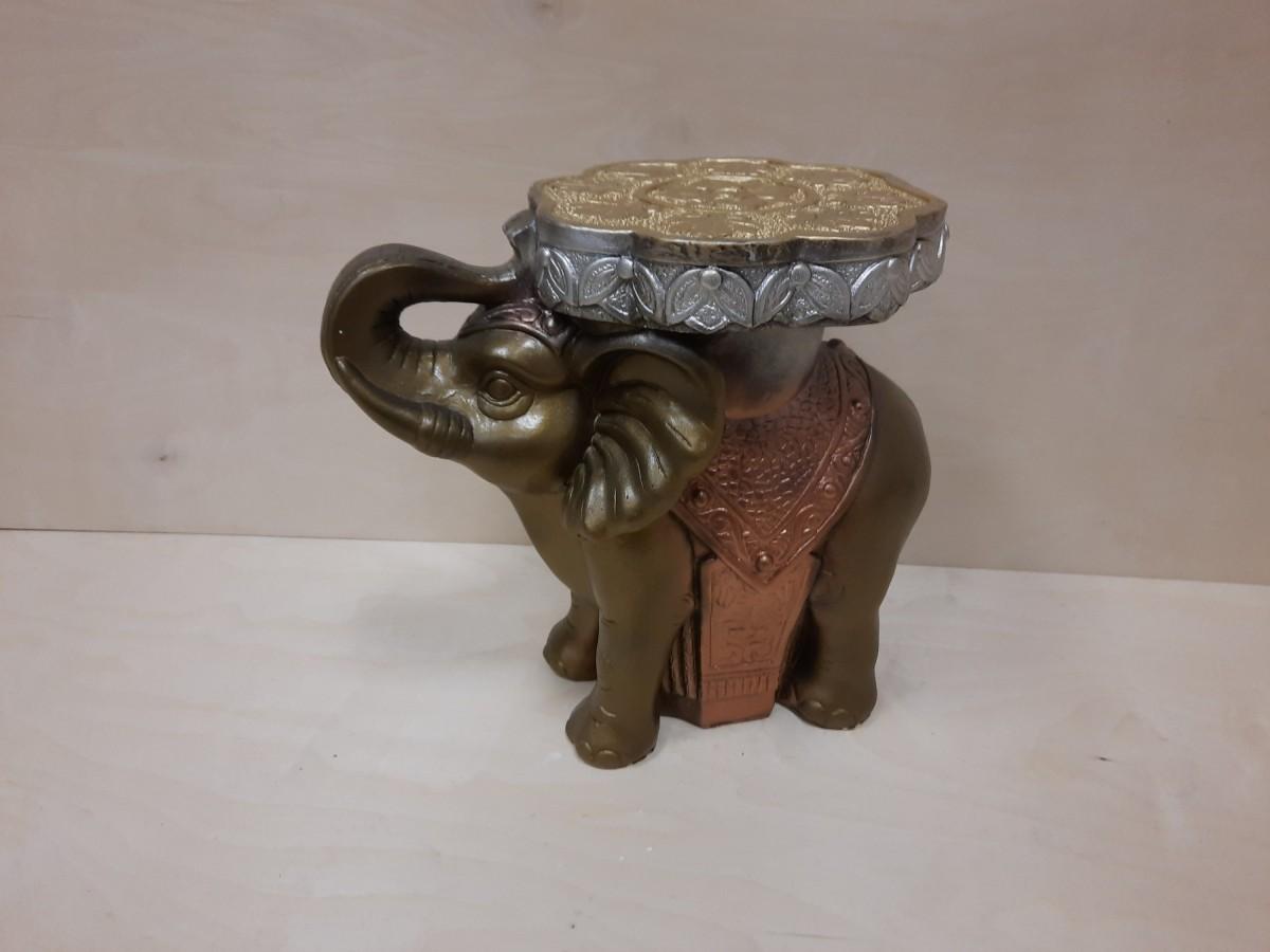 Слон средний, гипс, h - 34 см, L - 41 см, ш - 22 см. Цвет - бронза с золотом.
