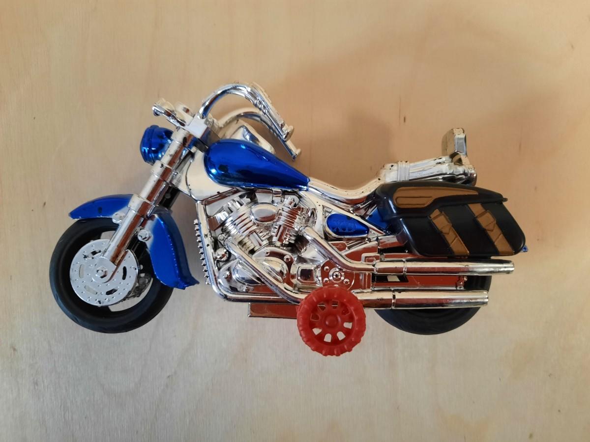 Мотоцикл, 18*9 см.