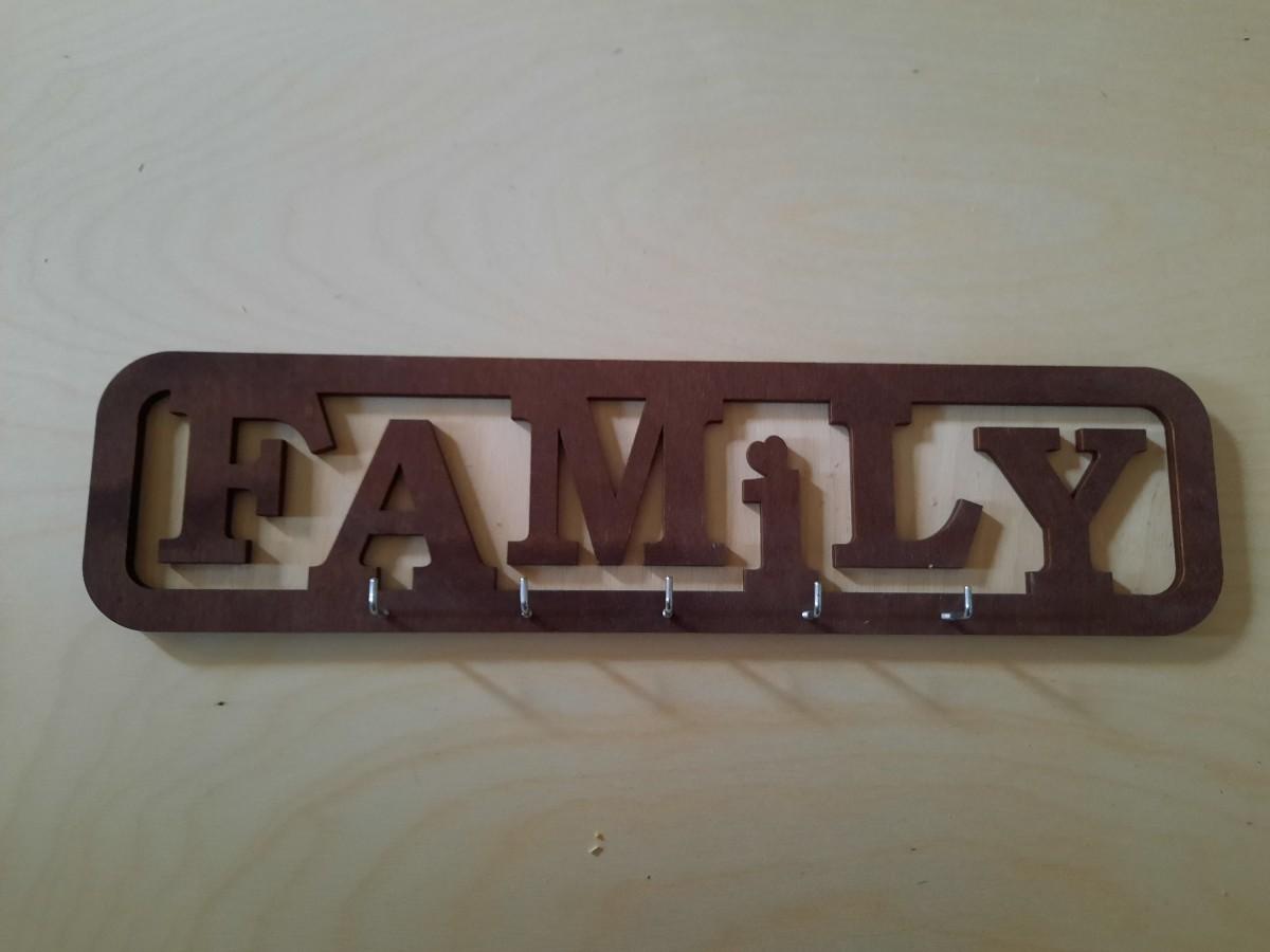 """Ключница """"FAMILY"""", 41*10,5 см."""