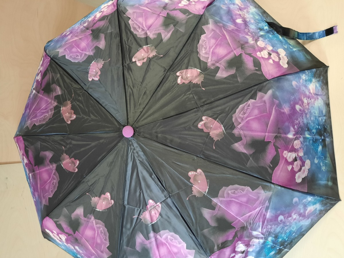 Зонт женский полуавтомат, 9 спиц, шёлк, чёрный с малиновыми розами.