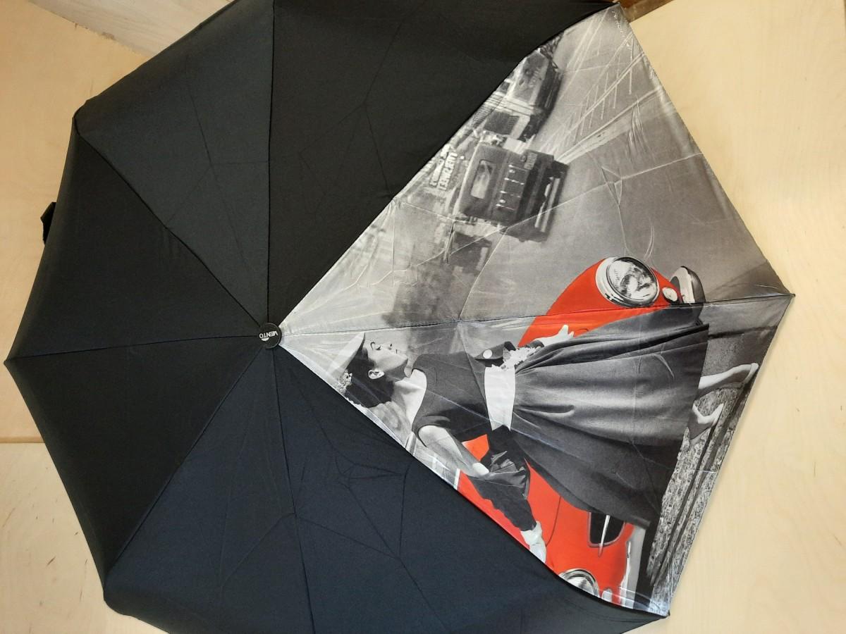 Зонт женский автомат, 8 спиц, Дама с красной машиной.
