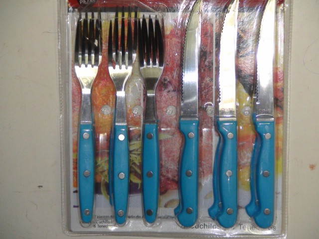 Набор 12 предметов, 6 ножей + 6 вилок