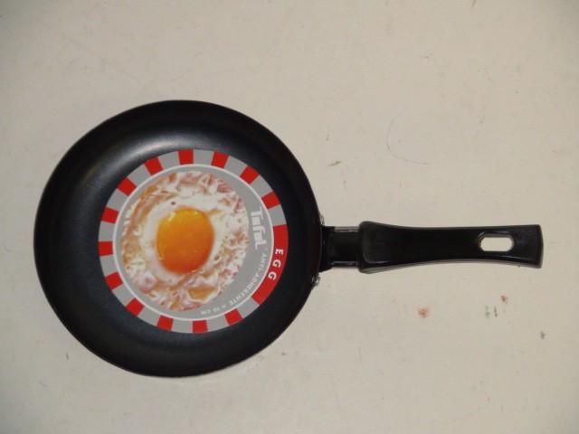 Сковорода круглая, с антиприг. покрытием D=16 см., H=3 см.