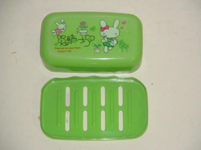 Мыльница пластиковая прямоугольная зеленая, 8,5*14,5*5 см.