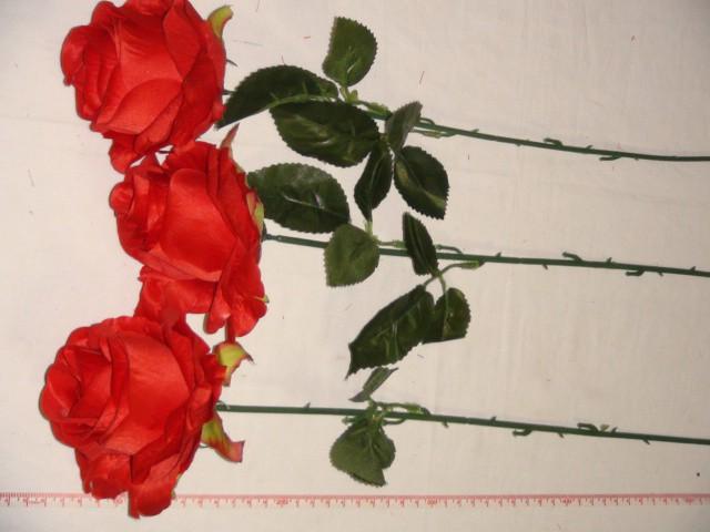 Роза круглая 68 см., D=10*10 см., пластик, ткань, красная