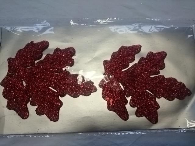 Украшение новогоднее Подвеска Листик 10*9см, цена за упаковку из 2штук, пластик.
